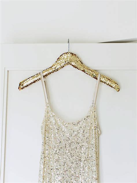 New Year New Hangers by How To Throw A Glittery New Year S
