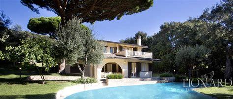 compro casa rovereto villa di lusso con piscina in vendita a punta ala lionard
