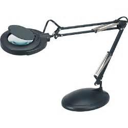 Lighted Magnifier v light 174 full spectrum clamp on desktop magnifier black