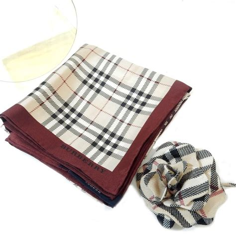 Set Burbery Bag 3 In 1 burberry plaid scarf and brooch set