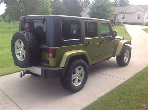manual cars for sale 2008 jeep wrangler free book repair manuals find used 2008 jeep wrangler unlimited sahara 4 door 3 8l rescue green 6 speed manual in linden