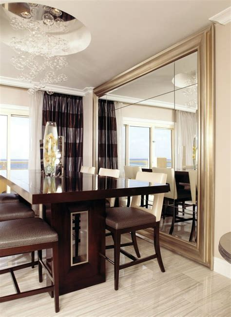 large wall mirrors tips to place the mirror in the right