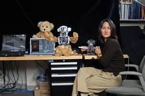 membuat film robot yuk bertemu dengan wanita pembuat robot sosial pertama di