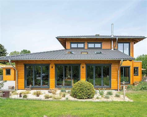 natur haus niedrigenergiehaus bauen in holzbauweise top energiestandard