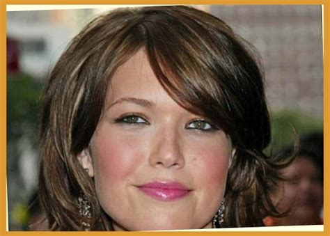 slimming prom hairstyles 32 slimming hairstyles for fat faces creative fan within
