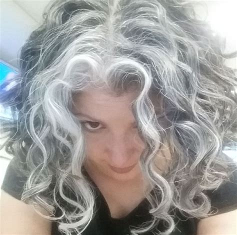 how to get gorgeous salt and pepper hair top 25 best silver hair highlights ideas on pinterest