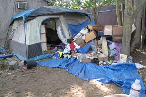 jaycee dugard backyard jaycee lee dugard prison pictures a broken computer