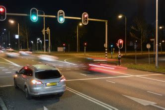 car accidents caused by traffic lights causes of accidents disobeying traffic signals