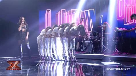 dua lipa x factor 2017 dua lipa ospite del secondo live show di x factor italia
