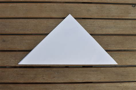 Paper Folding Triangle - diy paper cup for chips be a