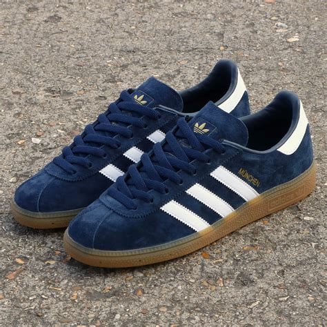 this version of the adidas m 252 nchen originated as a japanese exclusive 80 s casual