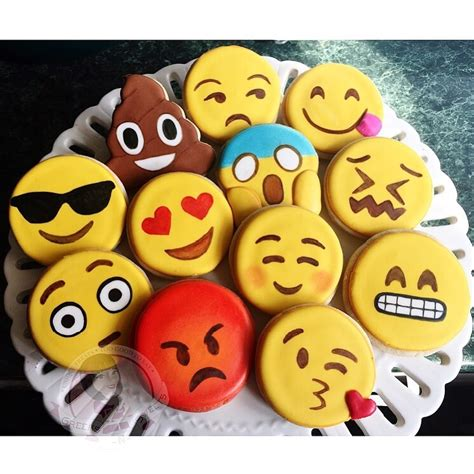 cookie emoji emoji cookies cakes and cookies