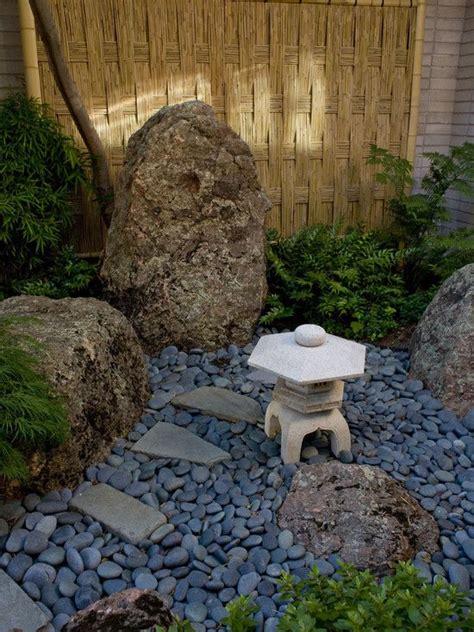 small backyard zen garden 25 best ideas about zen gardens on pinterest japanese