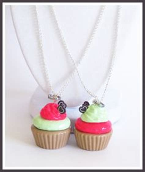 my friend cayla necklace wont light up friendship necklaces friendship and bff on