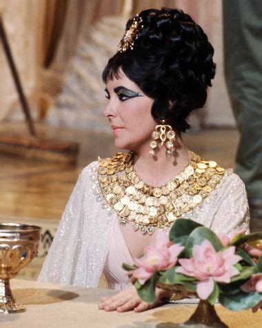 elizabeth taylor biography in spanish elizabeth taylor cleopatra posters and photos 291527