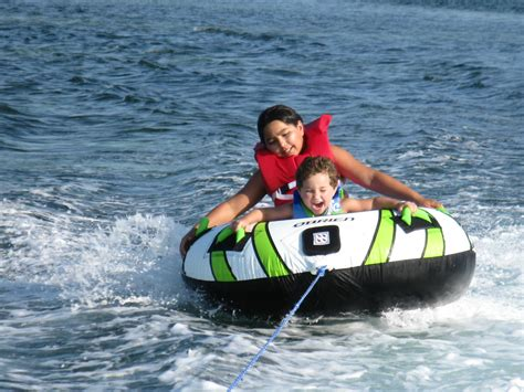 boat rental vacations 1000 images about things to do with kids in destin