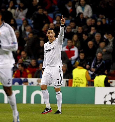 soccer 2012 record cristiano breaks his record for goals in a calendar year