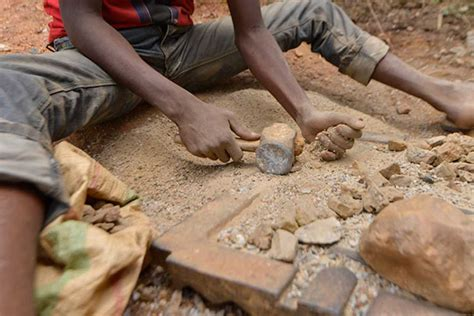 democratic republic of congo child labor mining breaking the chain child mining in the democratic