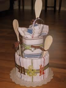 gift idea for bridal shower casada e apaixonada bolo de pano para ch 225 de cozinha