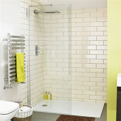 shower room ideas for small spaces small shower room ideas bigbathroomshop