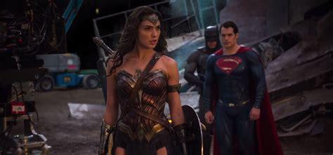 deadpool 2 review embargo batman v superman imax featurette and the