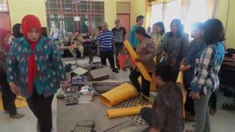 Tikar Rotan Aceh penuhi permintaan wisatawan perajin tikar lit rotan