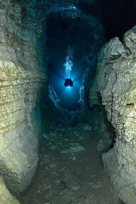 largest underwater gypsum cave  earth neatorama