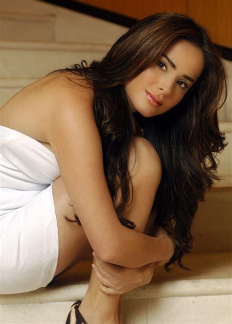 beautiful sexy danna garcia hot pics hot beautiful sexy women
