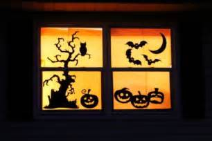 Easy Outdoor Halloween Decorations 26 Creative Halloween Window Decor Ideas Digsdigs