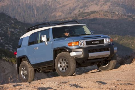 free car manuals to download 2009 toyota fj cruiser navigation system 2014 toyota fj cruiser pictures photos gallery motorauthority