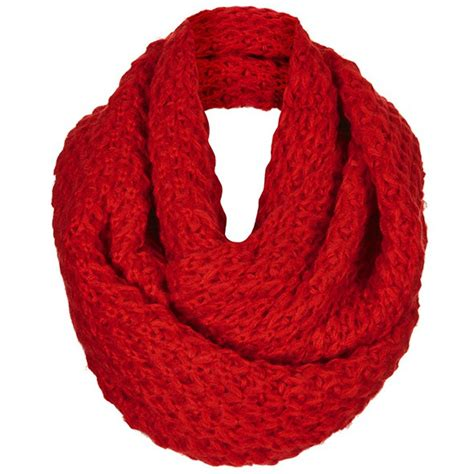 make stylish look in winters with winter scarves