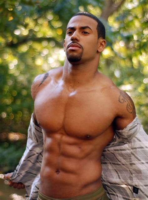 mens big pics americans tumblr melanin muscle melaninmuscle keston karter