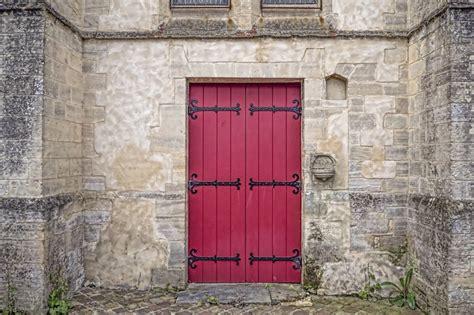 verniciare porte in legno come verniciare porte in legno finmaster porte massello