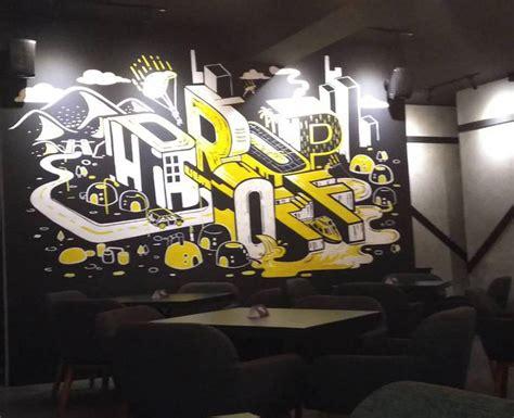 dinding cafe hitam putih desainid