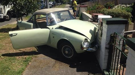 Mischa Crashes Richies Car by Richie Benaud Injured In Single Car Crash In Sydney Suburb