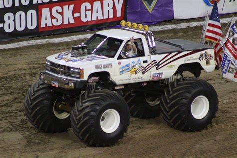 all monster truck videos everett jasmer and usa 1 reinvigorated in the monster