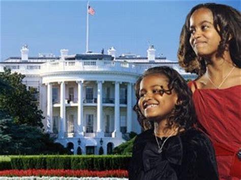sasha and malia bedrooms in white house sasha and malia s white house carving out space bossy