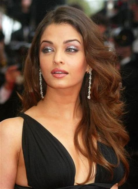 Aishwarya Rai Bachchan Long Layered Hairstyle   Prom