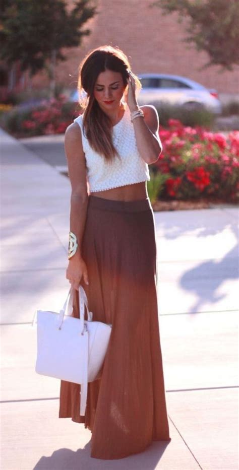 how to wear a maxi skirt over 50 50 summer outfits to wear at the beach summer maxi