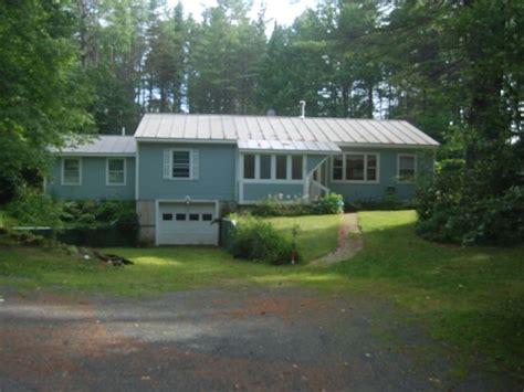 cottage rentals in vermont 25 best ideas about vt usa on woodstock vt woodstock vermont and vermont