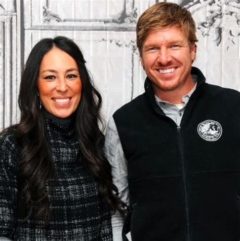 cast of fixer upper how to get cast on property brothers popsugar home home