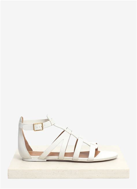 white gladiator sandals chlo 233 leather gladiator sandals in white lyst