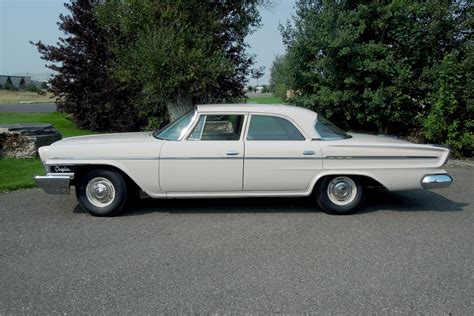 1962 chrysler newport 4 door sedan 188738
