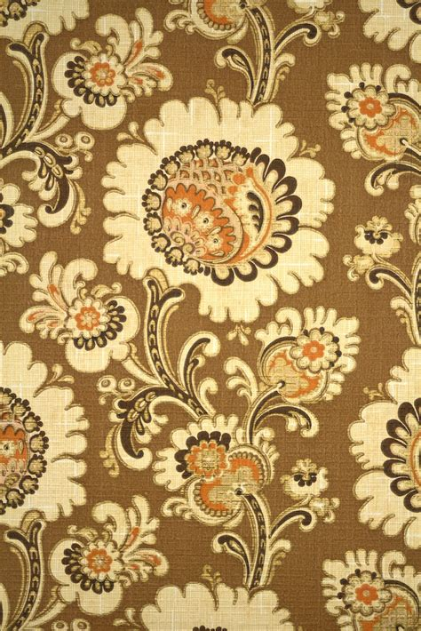 vintage retro gold floral wallpaper from the seventies