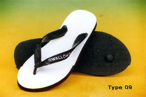Sepatu Merk Wind 2 wasted sandal cry these out