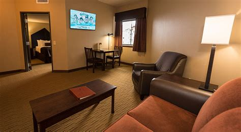 two bedroom suite pocono mountains family friendly resorts 2 bedroom suite