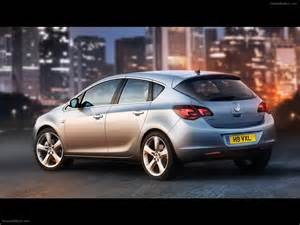 Pictures Of Vauxhall Astra 2010 Vauxhall Astra Car Picture 07 Of 18 Diesel