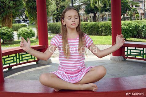 schoolgirl princess schoolgirl princess images usseek com