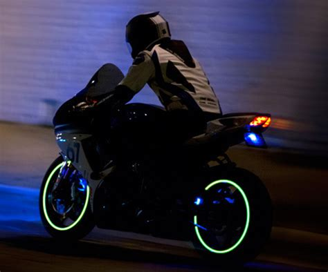 Motorcycle Wheel Lights by Lunasee Motorcycle Wheel Lights Dudeiwantthat