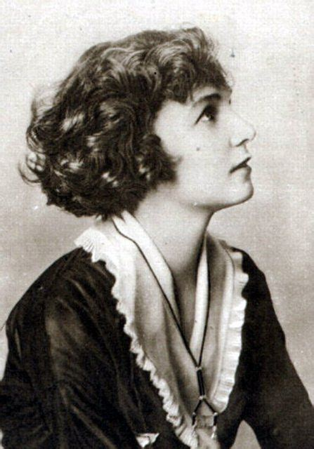 pictures of 1915 hairstyles irene castle roaring 20 pinterest